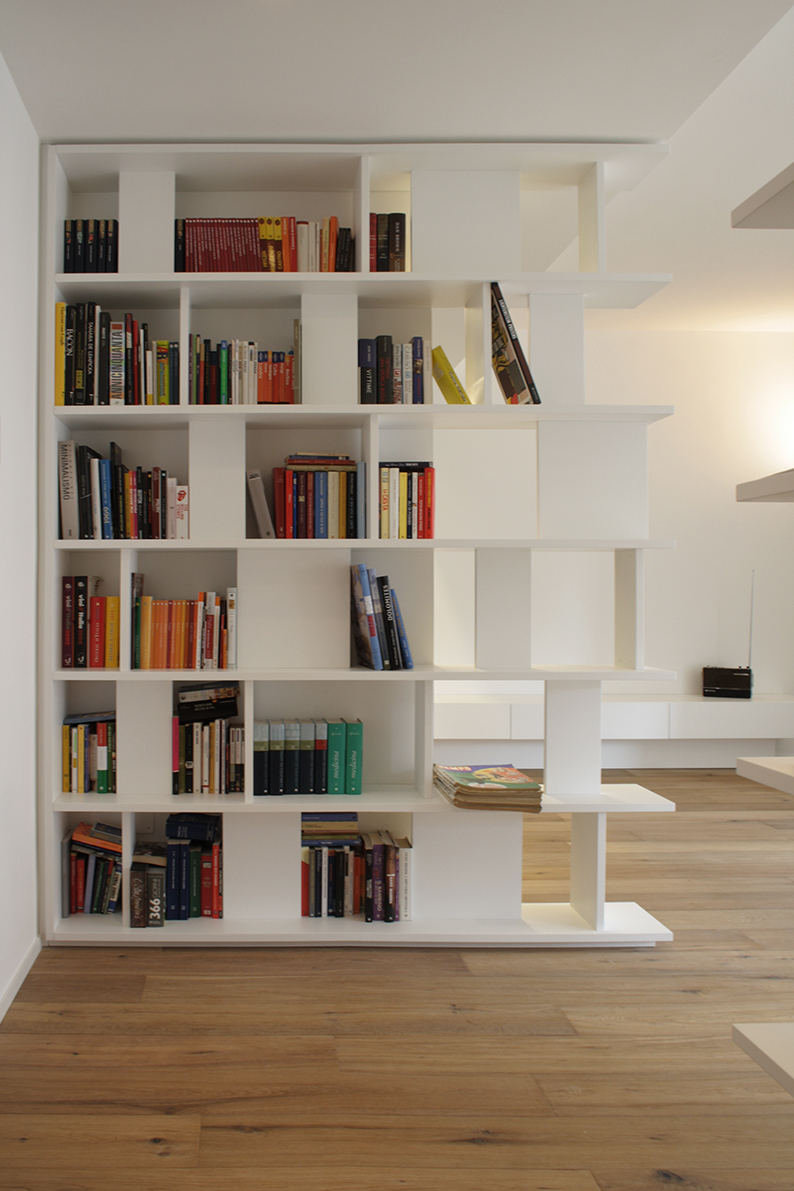 LC Architetti - Portfolio - White is an attitude - Libreria